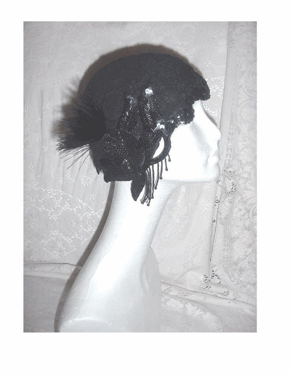 1920s FLAPPER CLOCHE HAT - BEADED FRENCH ALENCON LACE - PLUME - SEQUIN LACE TRIM