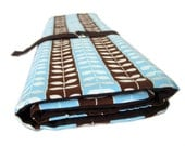 multi purpose knitting needle organizer - blue and brown vines