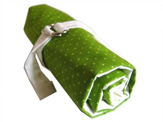 crochet hook organizer - green dots