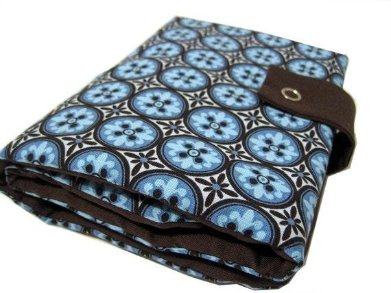 interchangeable knitpicks organizer - brown and blue mosaic