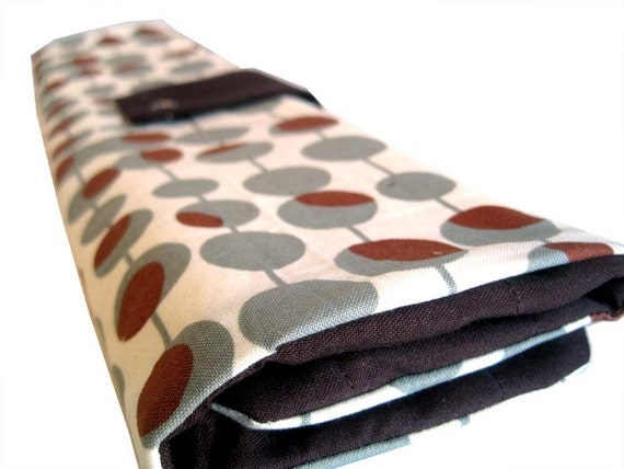 straight knitting needle organizer - brown and grey