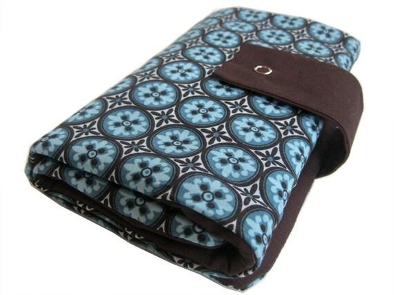 circular knitting needle organizer - chocolate and blue mosaic