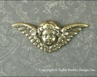 Victorian Angel Cherub Charm in Antiqued Polished Brass (item 510-small AG no loop) - 2 pieces