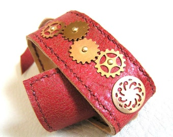 Spiral and gears leather cuff