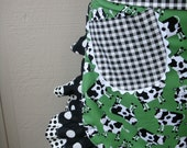 Aprons - Aprons with Cows -  - Down on the Farm Apron - Aprons with Pockets - Annies Attic Aprons