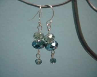Royal Beauties crystal sparkle smokey blue dangle earrings