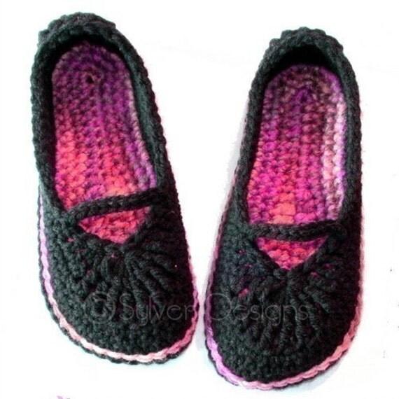 Adult Mary Jane Skimmers (crochet pattern)