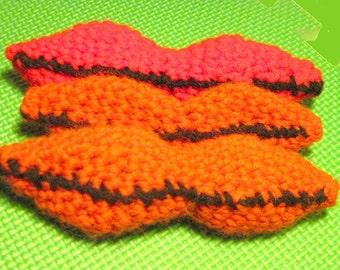 Simple Lips Crochet Pattern