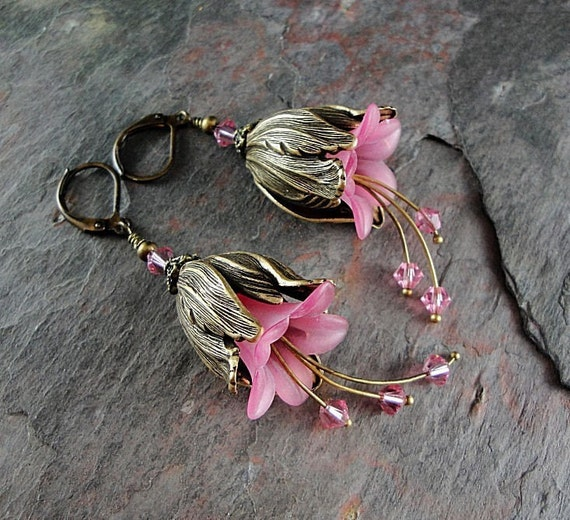 Pink flower earrings, pink tulip earrings, beaded flower earrings, crystal earrings, dangle earrings, Jillian