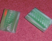 3 pcs. vintage glass green art deco relief rectangle flat back cabochons 16x11mm - f1778