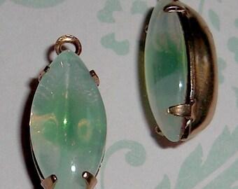 4 pcs. vintage glass green opal givre rhinestone charms 15x7mm - f2065