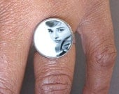 Audrey Hepburn Dime Ring // recycled repurposed dime ring vintage style - black and white