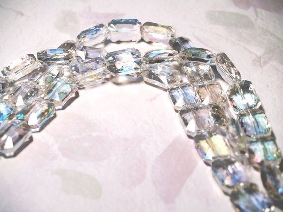 Ice- faceted crystal beads