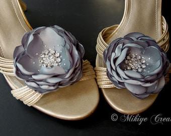 SALE Shoe Clips Wedding Accessories,  Bridal Hair Flowers, Shoe Clips, Sash Accessories,  2 Piece Set - Grey Petals