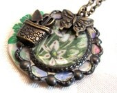 Necklace for gardener
