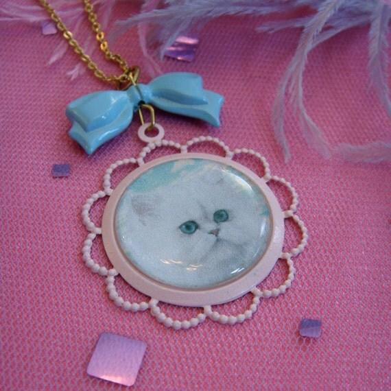 Precious Persian Cameo Necklace
