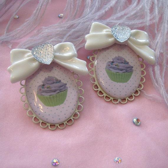 Cupcake Cameo Earrings