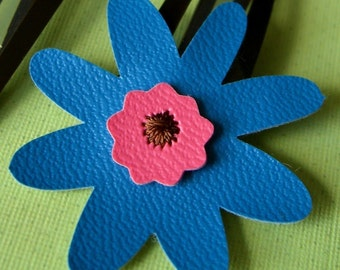 Blue Flower Hair Clips, Hair Accessories, Daisy Hair Clips, Flower Barrettes, Hair Care, Daisy Hair Accessory, Snap Clips, Vinyl Accessories