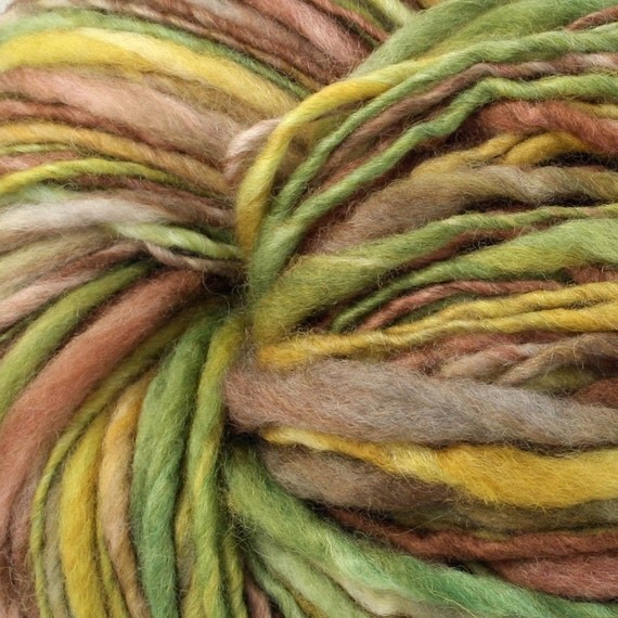 Yosemite Handspun Hand Dyed Bluefaced Leicester Wool Yarn Super Bulky Thick Thin 225 Yards 7.6 oz