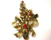 Vintage Beatrix Christmas Holiday Brooch - B24