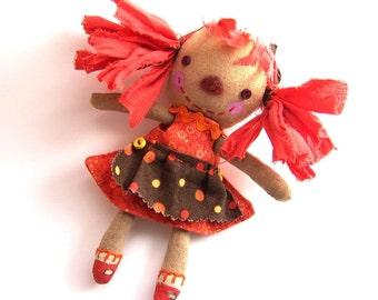 Hilda, primitive doll