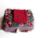 Small clutch purse vintage Liberty of London cotton floral fabric red knit bag small pink linen pouch memake handmade