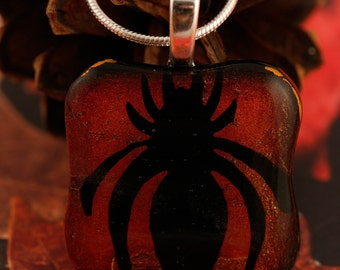 Fused Glass Creepy Spider Pendant No. 22682