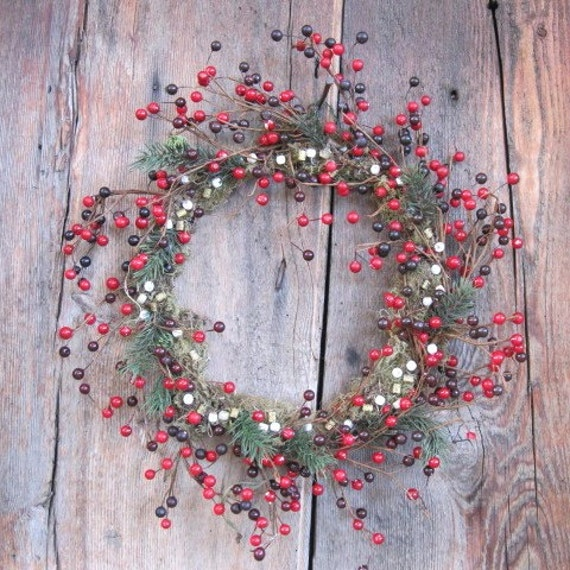 FIONA  red berry WREATH