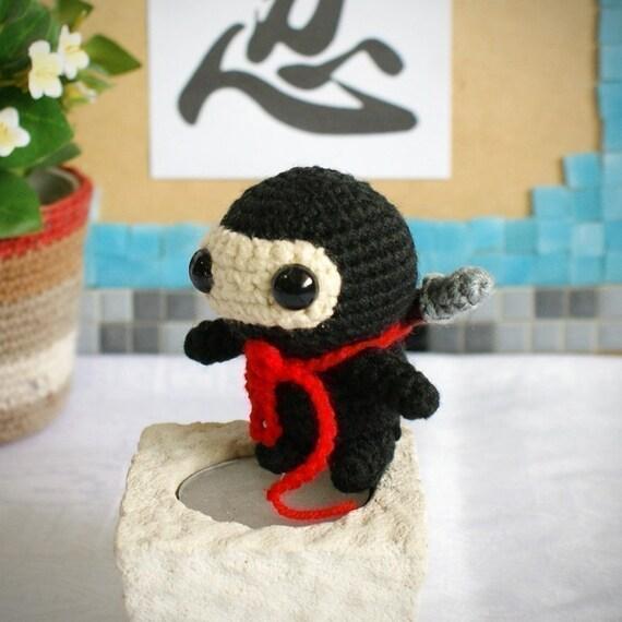 Ninja Amigurumi Free Pattern : roja amigurumi ninja pattern by saplanetamigurumi on Etsy