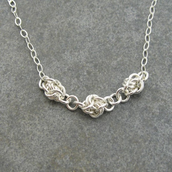 Simple Knots Chainmaille Necklace