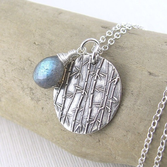 Charm Necklace Dainty Labradorite Sterling Silver Gemstone Winter Designer Handmade Fashion Jewelry - Solo No. 5