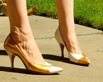 SEXY Vintage 1950's 60's Patchwork Metallic Gold & Cream White Leather High Heels by Goldsmith's