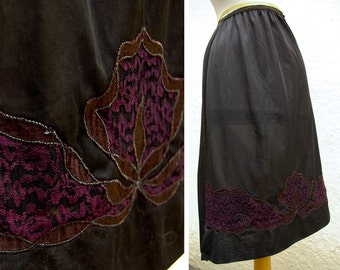 MIDNIGHT 1950's 60's Vintage Black Slip Skirt with Embroidery and Lace Ribbon Design // size Small
