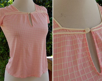MUNSING Wear 1940's 50's Vintage Girl's Baby Pink PJ Set with Shirt and Blouse with Grid Pattern size 8