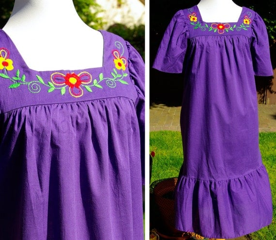 Vintage 1970's 80's Purple Ethnic Floral Embroidered Dress Beach Cover Up