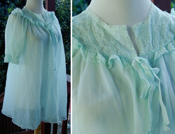 LORRAINE 1960's Vintage Baby Blue Peignoir Robe with Lace Edges and Satin Ribbon size Small