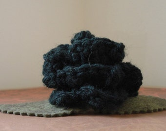 Crocheted Rose Barrette - Black (SWG-HB-ZZ01)