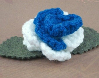 Crocheted Rose Bar Pin - White and Blue (SWG-PS-ZZ03)