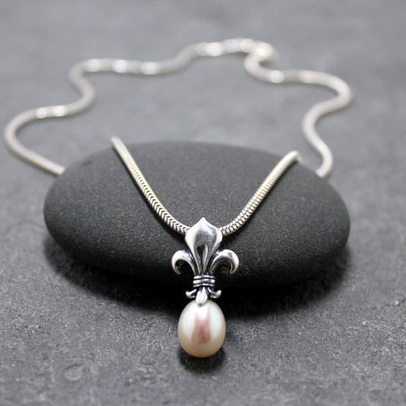 fleur de lis pearl necklace lily