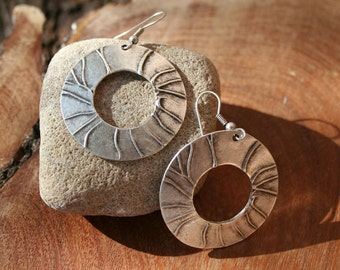 SALE /#Wood grain# Hoops /#Oxidized #Sterling Silver/# Gift for Her/#Boho Chic/#Tribal/#lg.Hoops