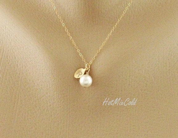initial pendant pearl necklace personalized monogram