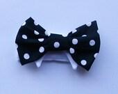 Pet Dog Bow Tie : black and white polka dot