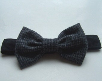 Dog bow tie houndstooth Black and Gray
