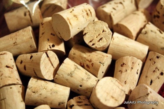 CORK STOPPERS TAPERED Pack 25