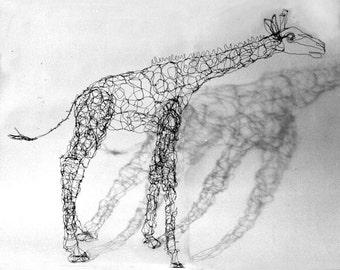 Giraffe-Wire Drawing Sculpture