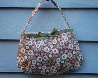 Fabric purse for small girl.