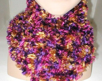 Womens knit scarflette, fuchsia purple copper boa yarn, scarf, neck warmer, winter scarf, purple scarf, hand knit scarf, buttoned scarf