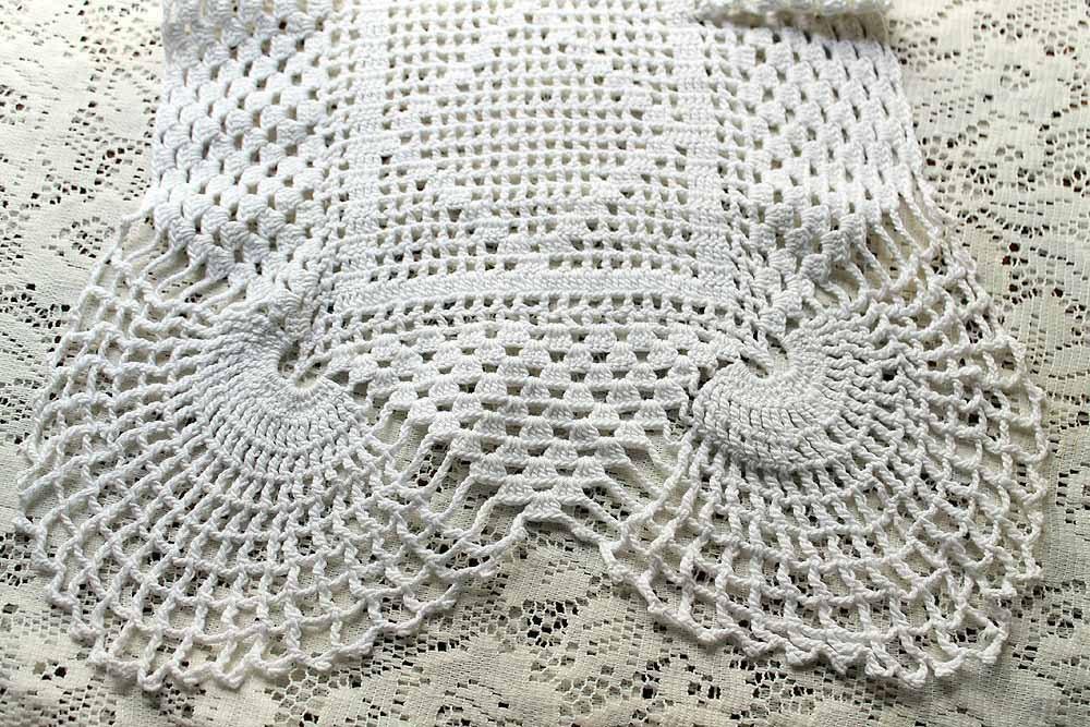 Free Crochet Patterns For Dresser Scarves : Filet Crochet Dresser Scarf Cotton Thread Vintage by ...