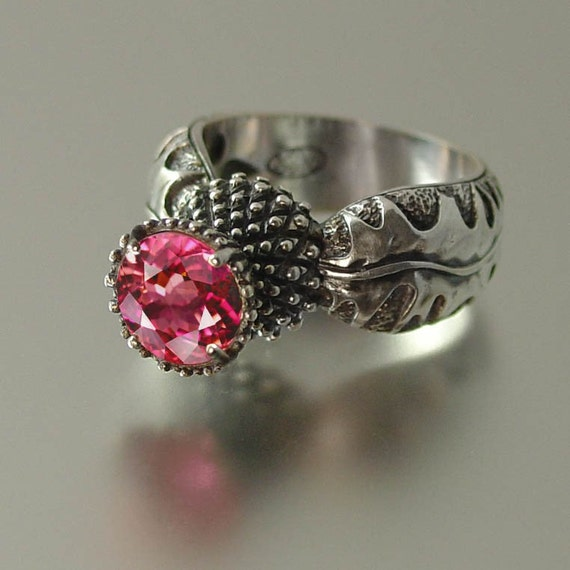 BLOOMING THISTLE ring with Pink Topaz