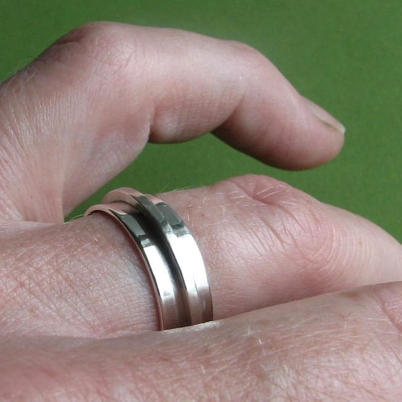 Simple Spinner: Sterling Silver Modern Elegant Made-to-Your-Size Fidget Ring